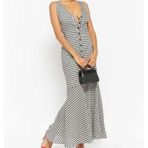 Dresses & Skirts - Black and white gingham maxi mermaid dress